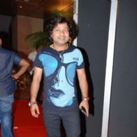 Kailash Kher at Raajneeti film success bash at Novotel | Raajneeti Event Photo Gallery