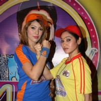 "Disha Wakani and Moonmoon Banerjee at ""Tarak Mehta Ka Ollta Chasma"" on location at Kandivli"