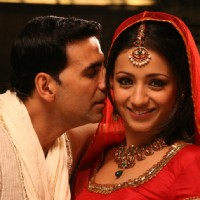 Akshay Kumar with Trisha | Khatta Meetha(2010) Photo Gallery