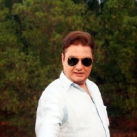 Vinay Pathak in the movie The Film Emotional Atyachar | The Film Emotional Atyachar Photo Gallery