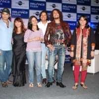 Sonu Nigam, Sunidhi Chauhan, Shaan at Reliance Mobile 3G tie up with Universal Music at Trident