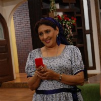 Vandana Gupte in tv show Sajan Re Jhoot Mat Bolo