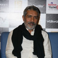 Prakash Jha at Raajneeti DVD launch at Reliance Trends, Bandra | Raajneeti Event Photo Gallery