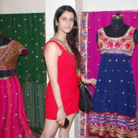 Smily Suri at Nisha Sagar's winter collection launch at Juhu
