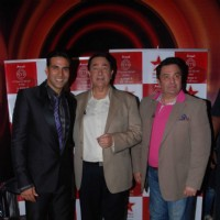 Rishi and Randhir Kapoor with Akshay Kumar on the show of  'Master Chef India' at Filmcity in Mumbai