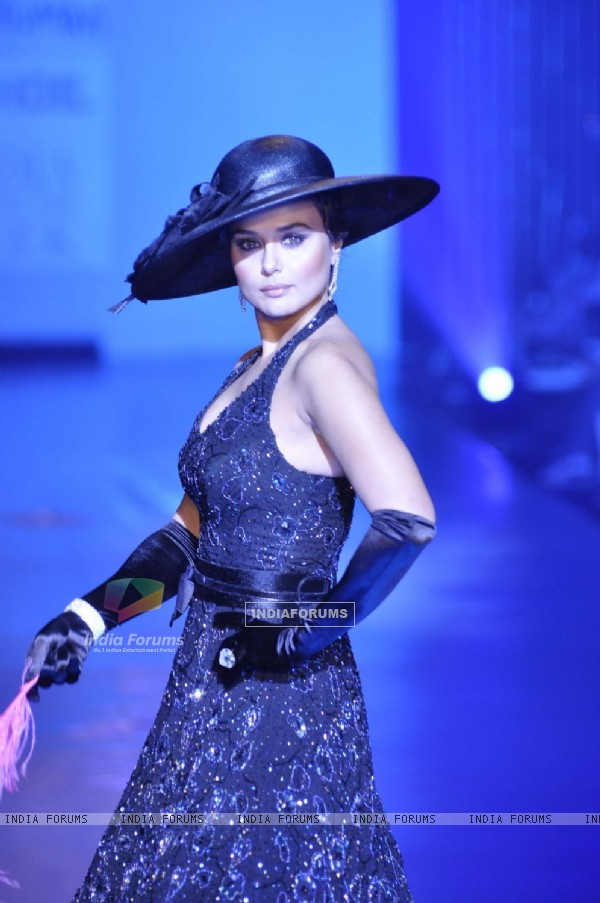 Preity Zinta in Being Human show at HDIL India Couture Week 2010