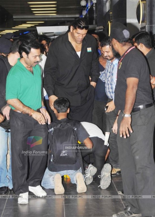 Khali arrived in India for Bigg Boss 4