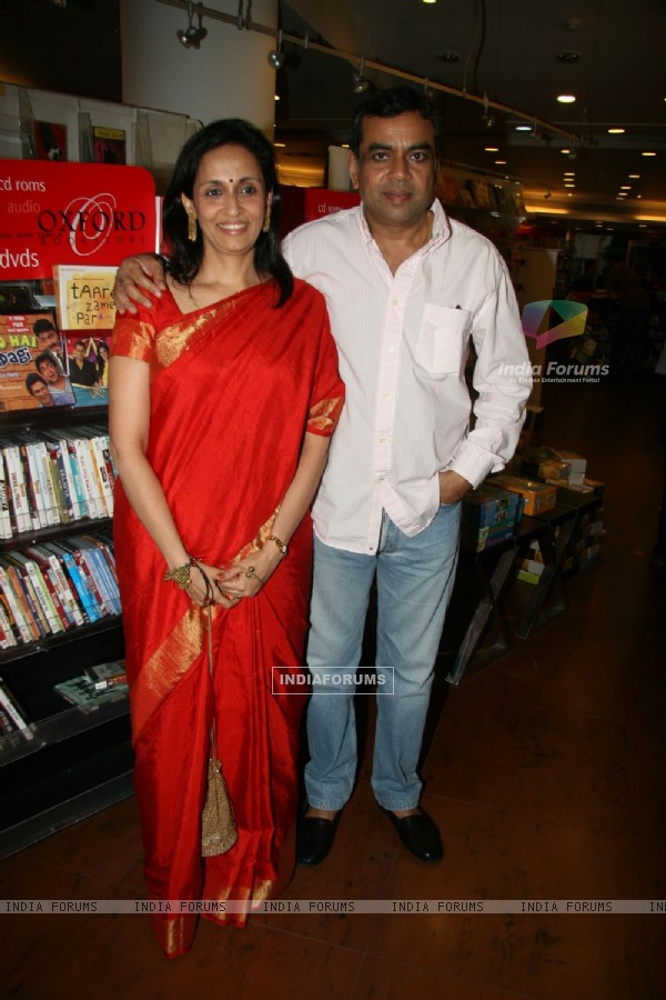 Paresh Rawal and Swaroop Rawal's book launch at Oxford Bookstore at Mumbai