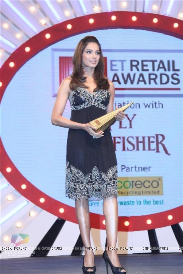 Bipasha Basu at ET Retail awards 2010
