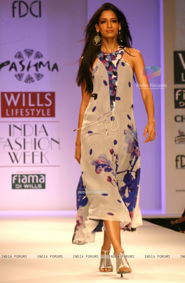 A model showcasing a designer Pashma's creation at the Wills Lifestyle India Fashion Week-Spring summer 2011, in New Delhi on Tuesday 26 Oct 2010