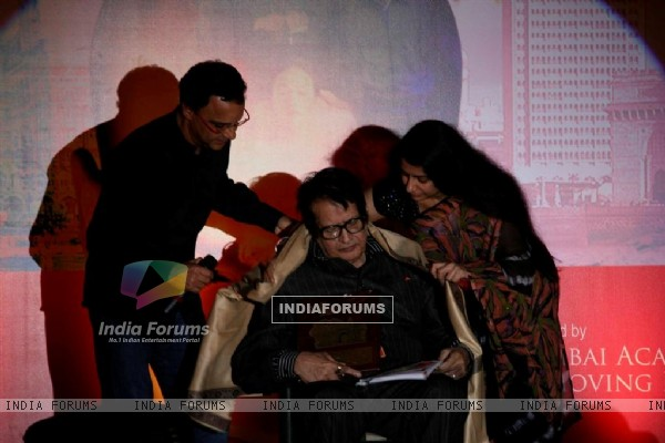Manoj Kumar at Closing ceremony of 12th Mumbai Film Festival