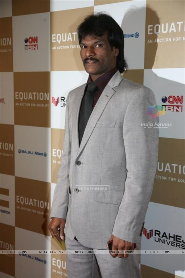 Dhanraj Pillay at Rahul Bose sports auction at the Trident