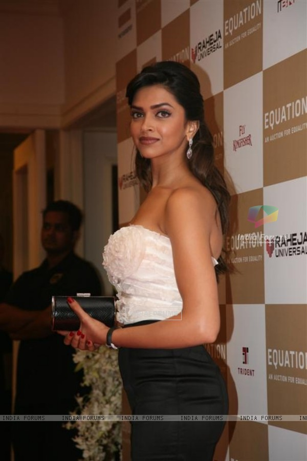 Deepika Padukone at Rahul Bose sports auction at the Trident