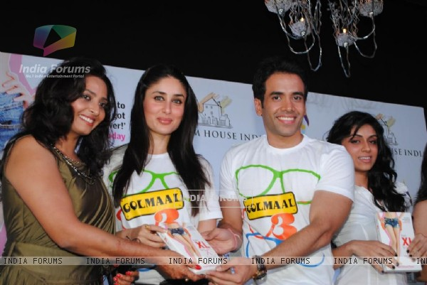 Kareena and Tusshar Kapoor at Payal Gidwani's fitness book launch