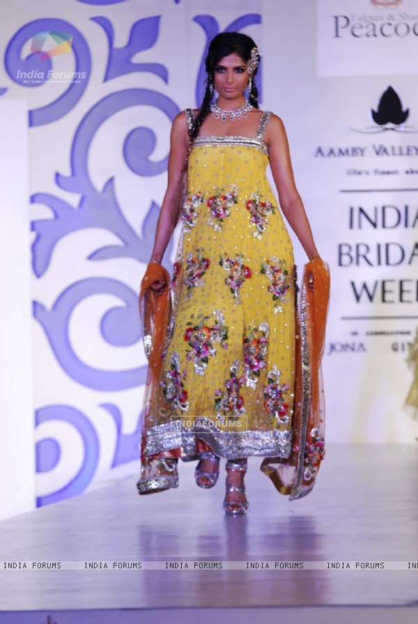 Model Walks for designers Shane and Falguni Peacock at Aamby Valley India Bridal Week day 3