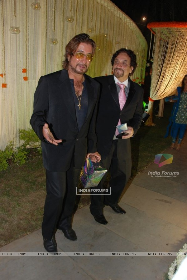 Shakti Kapoor at Vivek Oberoi's wedding reception at ITC Grand Maratha