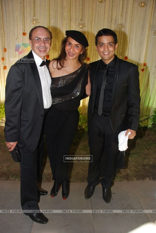 Guest at Vivek Oberoi's wedding reception at ITC Grand Maratha