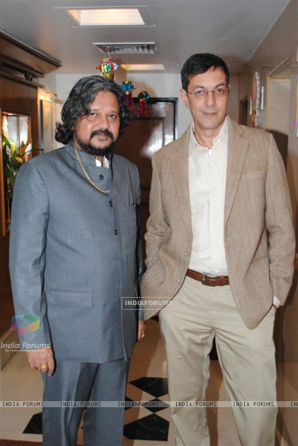 Amol Gupte and Rajat Kapoor at Phas Gaye Re Obama music launch