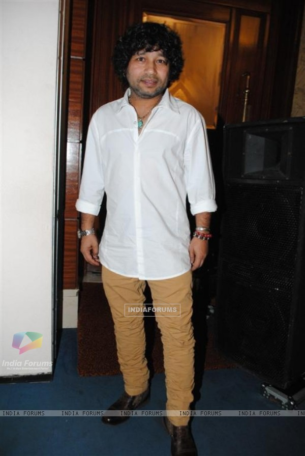 Kailash Kher at Phas Gaye Re Obama music launch