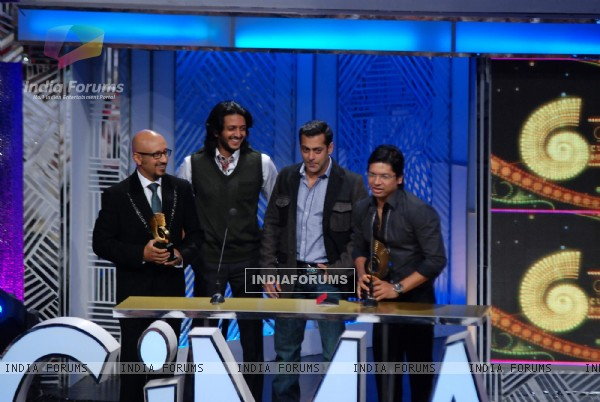 Ritesh Deshmukh, Salman khan and Shaan at Global Indian Music Awards on Wednesday night at Yash Raj Studios