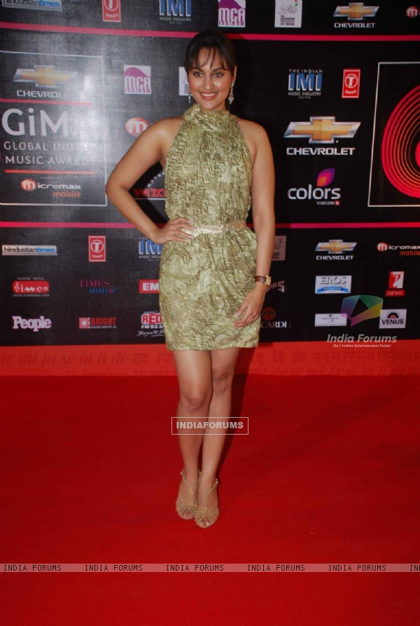 Sonakshi Sinha at Global Indian Music Awards on Wednesday night at Yash Raj Studios