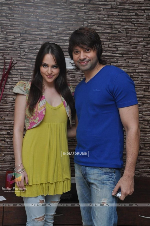 Maradona Rebello and Hazel at Press meet of 'Dunno Y Na Jaane Kyun...' (106901)