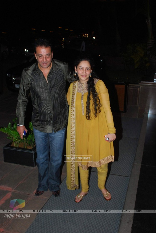 Sanjay Dutt and his wife Manyata Dutt at Baba Dewan's birthday bash, Taj Land's End