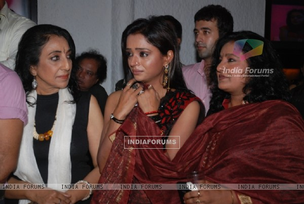 Amardeep Jha, Parul Chauhan and Vibha Chibber together at the Bidaai Farewell Party