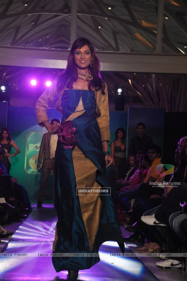 Models walks the ramp at the MTV Making The Cut bash