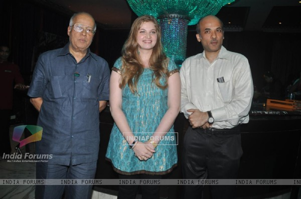 "Sooraj Barjatya with Vidhi Kasliwal in Launch of ""Isi Life Mein"" Film"