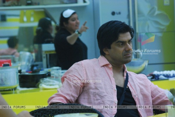 Sameer Soni in tv show Bigg Boss 4