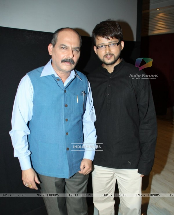 Rahoul Lohani and Muni Jha at Press meet of a new show ''Armanon Ka Balidaan- Aarakshan'' on Imagine