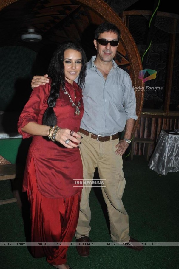 Neha Dhupia and Rajat Kapoor at Phas Gaye Re Obama promotion press meet