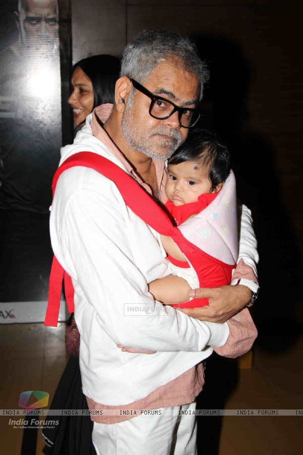 Sanjay Mishra at Premier Of Film Phas Gaye Re Obama at Cinemax Versova