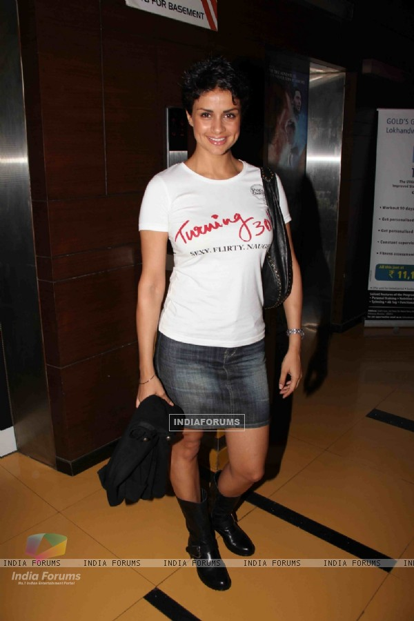 Gul Panag at Premier Of Film Phas Gaye Re Obama at Cinemax Versova