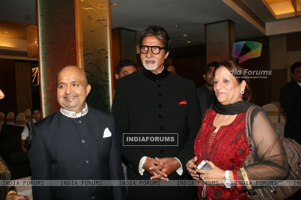 Amitabh Bachchan at Sameer daughter Shanchita & Abhishek wedding at Sun and Sands wedding reception