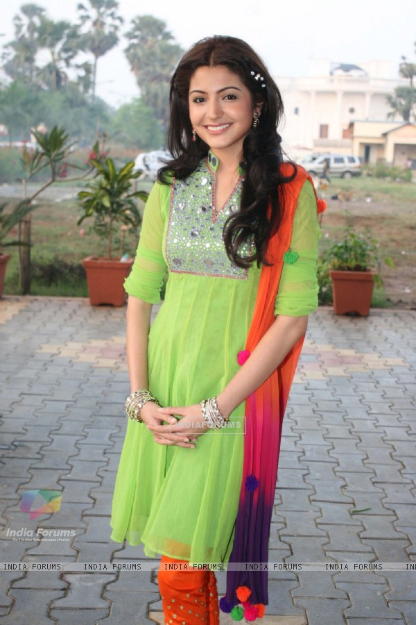 Anushka on the sets of Sony's Saas Bina Sasural . .