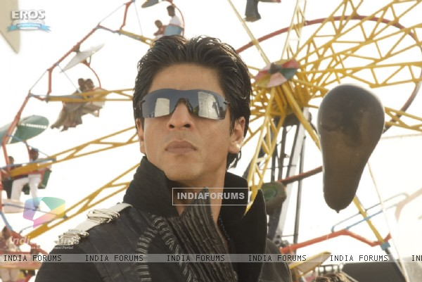 Glorious Shahrukh in Billu Barber