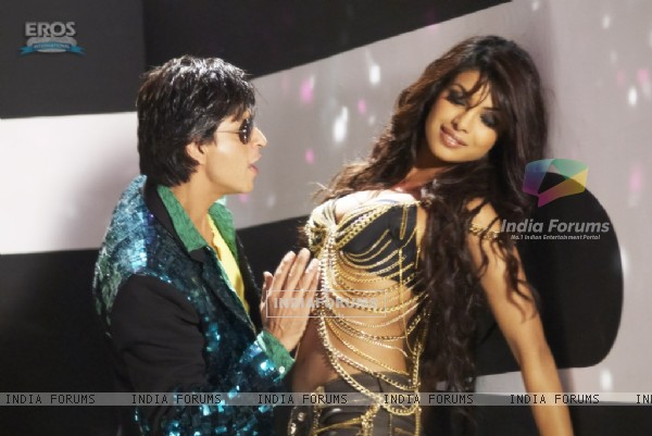 Hot scene of Priyanka and Shahrukh