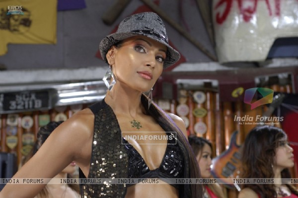 Bipasha Basu looking gorgeous (11159)