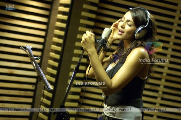 Bipasha singing a song