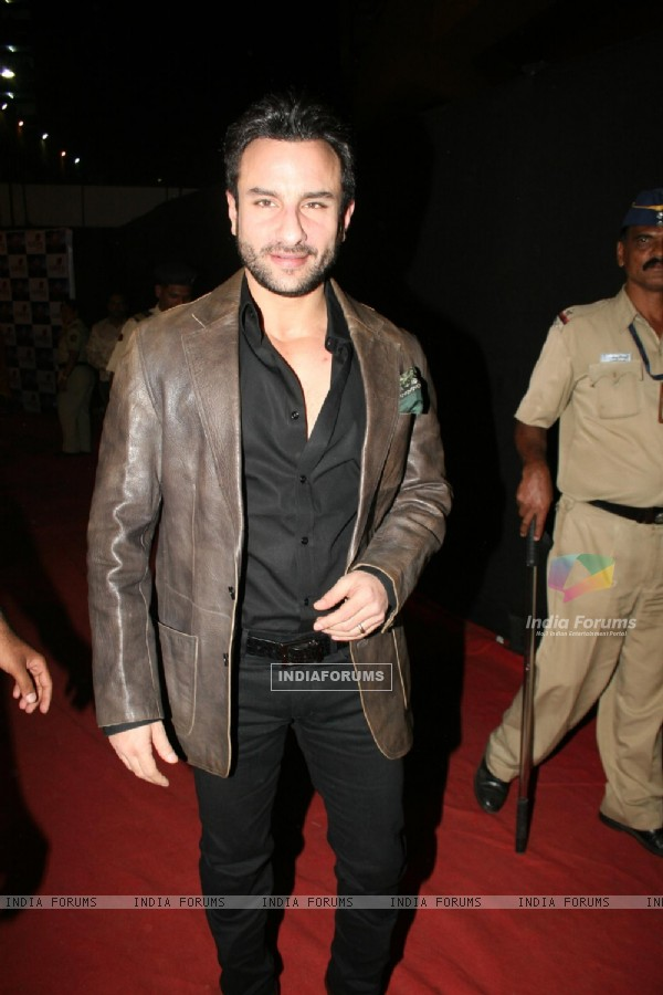 Saif Ali Khan at Colors Umang 2011. .