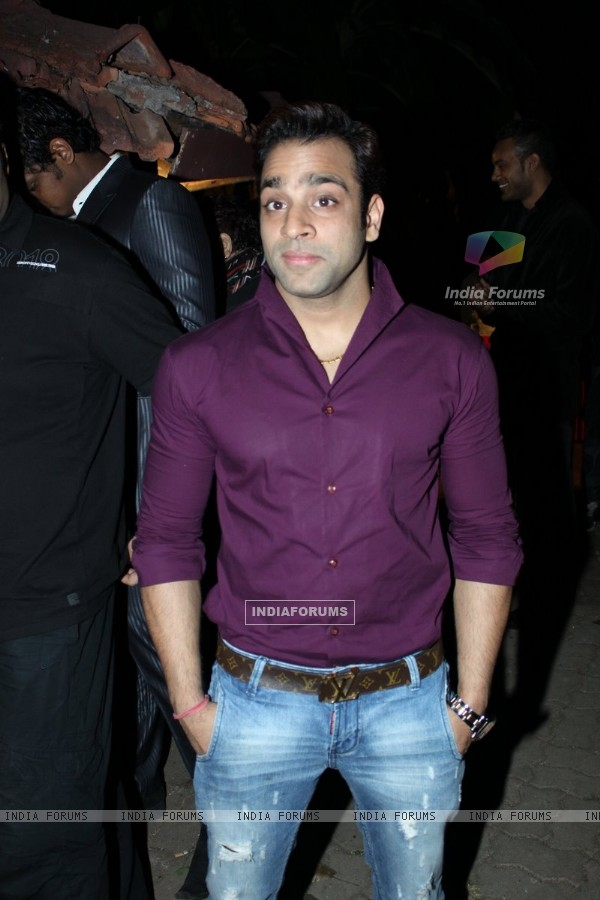 Abhishek Avasthi at B'day party of fashion choreographer Shakir Shaikh at Mud Island,Mumbai