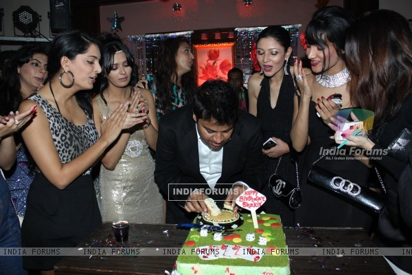 B'day party of fashion choreographer Shakir Shaikh at Mud Island,Mumbai
