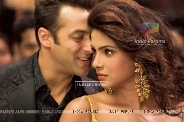 Salman Khan and Priyanka Chopra love scene