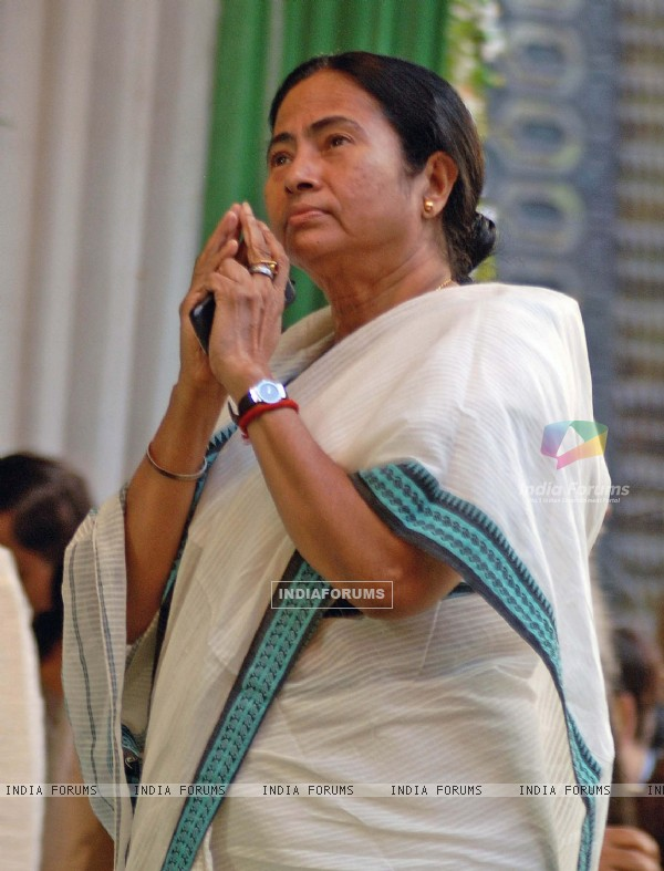 Railway minister Mamata Banerjee praise for the mass during a foundation stone laying function to confer the status of 17th Indipendent Zonal Railway in Kolkata and commencement of work for Joka-BBD Bag metro rail project (phase-1) of Joka ...