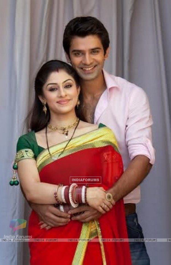 Ankita Sharma and Barun Sobti a lovely couple in Baat Hamari Pakki Hai
