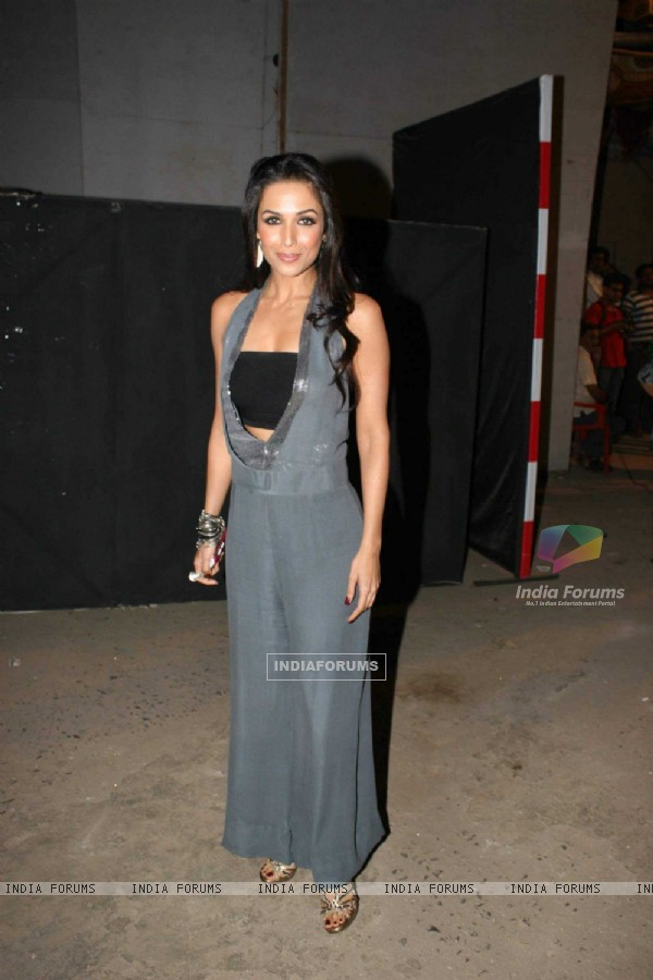 Malaika Arora on the sets of Jhalak Dikhla Ja at Filmistan. .