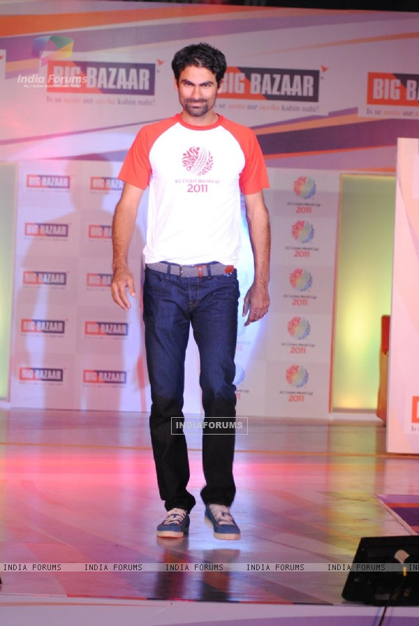 Zahir Khan at Big Bazaar World Cup Collection Launch, Phoenix Mills