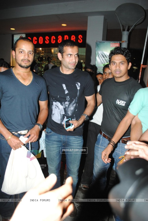 Irfan Khan Pathan and Murli Karthik at Big Bazaar World Cup Collection Launch, Phoenix Mills
